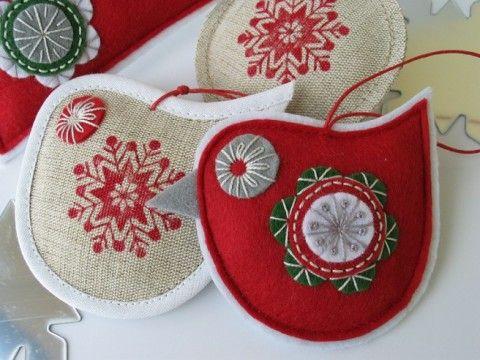 VÁNOČNÍ dekorace- ptáček 2 ks červená dekorace zelená vánoce pták ptáček bílá vánoční ozdoba béžová klasické stromeček advent tradiční lněné adventní baňka staročeské