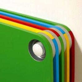 Водяные настенные конвекторы Jaga Play Артикул: PLAW0.03506010.WHI/L Благодаря своим цветам, конвекторы настенные Jaga PLAY идельно подходят для установки в детских комнатах.