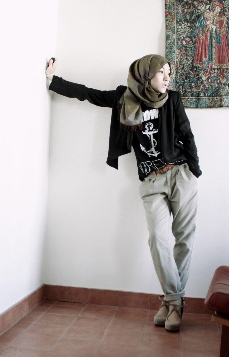 Hana Tajima hijab street style