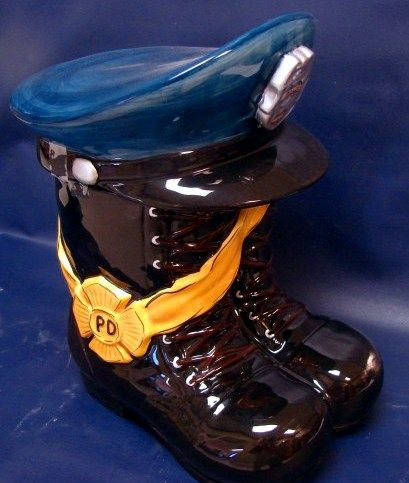 Mitre Blue Light has a long history in supplying safety work footwear and equipment to the UK Police force and other emergency services. https://www.mitrebluelight.co.uk/shop/footwear