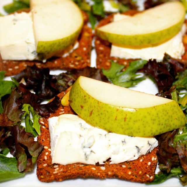 Naturals Rosemary & Pistachio Crisps Topped with blue cheese and pear ...