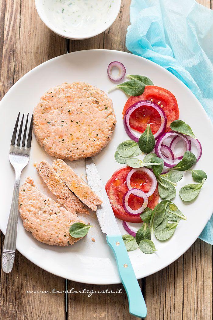 Hamburger di salmone - Ricetta Hamburger di salmone