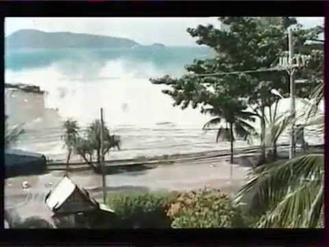 Le tsunami du 26 décembre 2004 - Top 100 catastrophes naturelles - YouTube