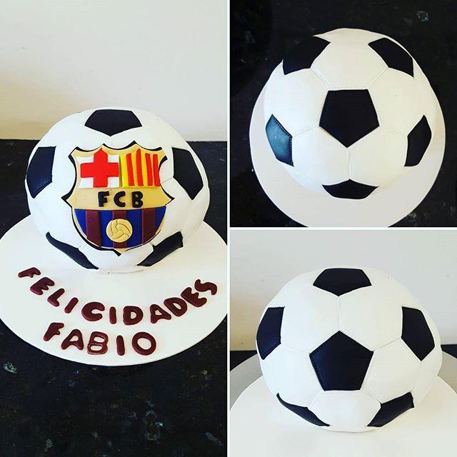 Pastel Barcelona! #barcelona #fcbarcelona #futbol #soccer #balon #laliga #fondant #fondantart #fondantcake #pastelfondant #instacake #cakestagram #cakebox #gdl #guadalajara