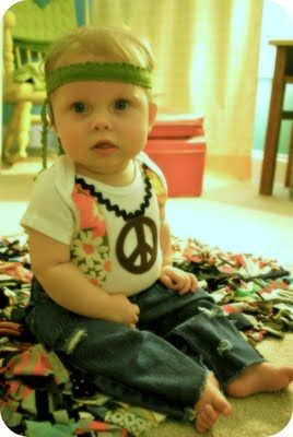Baby hippie costume! So easy to make. :)Halloweencostumes, Costumes Tutorials, Hippie Baby, Future Daughter, Baby Costumes, Children Costumes, Baby Halloween Costumes, Baby Girls, Flower Children