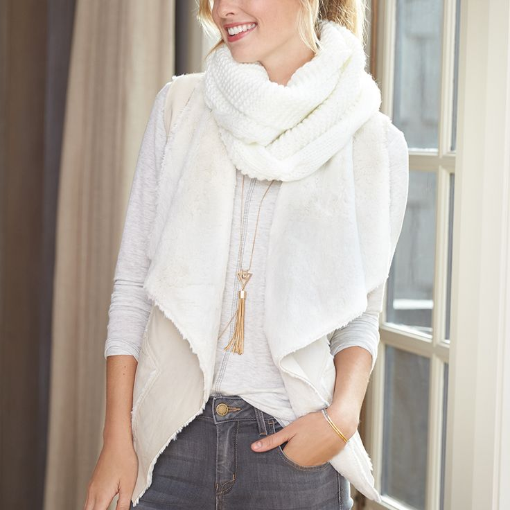 Dreaming of a white Stitchmas? See 3 ways to wear this wintery tonal trend on the blog.