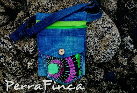 PerraFinca Upcycled jeans &fabric hipbag