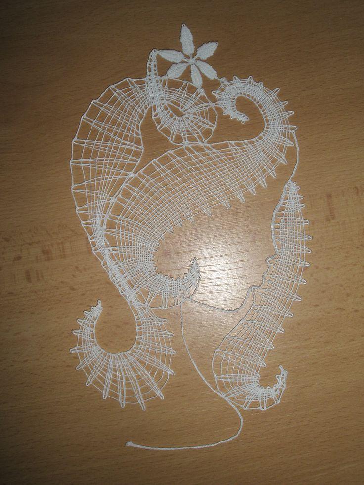 Bobbin lace - Head