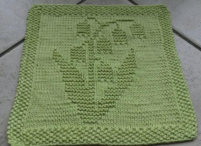 Knitting Patterns For Beginners Ravelry : Ravelry: Spuli Maiglockchen pattern by Mamafri OES: Beginner Knitting Proje...