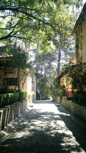 Halfway path of the entrance to the hotel rooms of Hacienda San Miguel Regla in Hidalgo, Mexico.