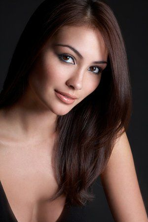 Caitlin McHugh | #Famous #People (Colour) | Pinterest ...
