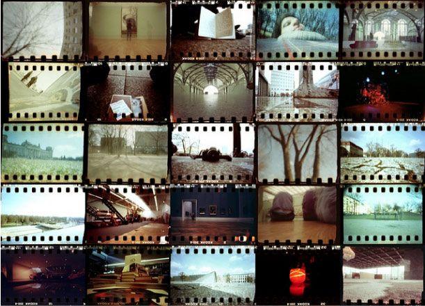 Changeons un peu des papertoys pour nous intéresser aux sténopés en papier. Vous savez, ces appareils photo très basiques (mais tout à fait fonctionnels), appelés Pinhole Camera en anglais. On avait déjà présenté le Leica M3 en papier, le RUBIKON…