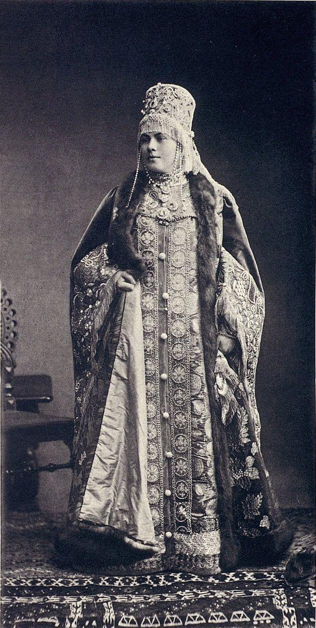 Countess Karlow, nee Vonlarsky (Femme de boyard du XVII siecle)....062 by klimbims on deviantART