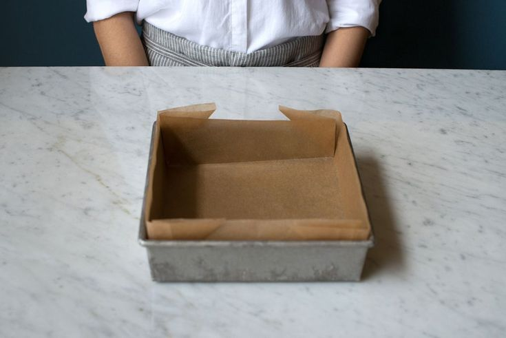 Get a perfectly lined baking pan, even if you failed geometry.