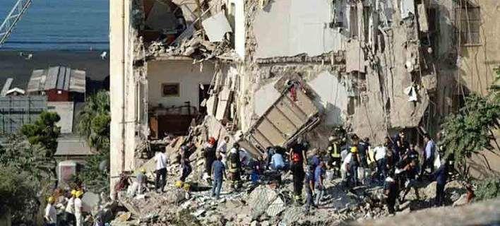 Κατέρρευσε κτίριο κοντά στη Νάπολη -Υπάρχουν εγκλωβισμένοι [βίντεο]