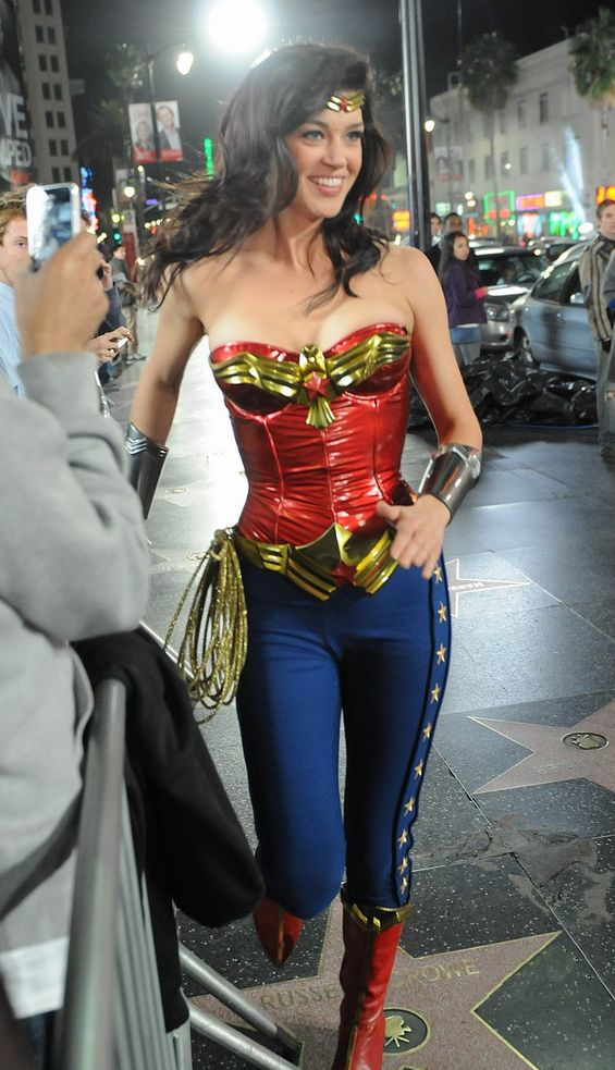 wonder woman- Love this version of the costume.