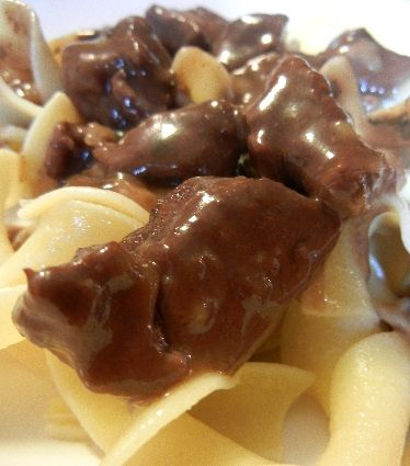 Crockpot Beef Tips Recipe ~ My verdict: very simple and quick to put together and delicious! Loved it and will definitely be making again