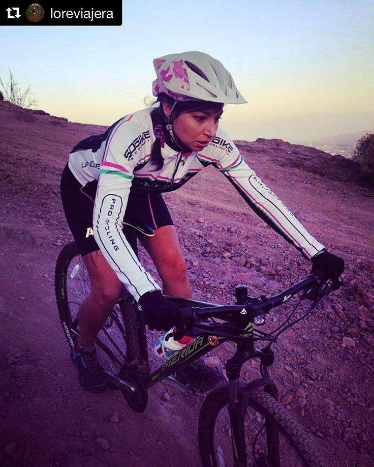 Calentando motores desde ya para que @loreviajera @valeesantis y @paulopizarrodiaz estén en la partida de #4refugios @mountainhardweararg ! Con toda la fuerza desde ya muchachos! : info@stgomrco.com  #Repost @loreviajera with @repostappConcentradisima . #stgomrco #mammutchile #mammutmtr #cabradelmonte #cervezaquimera #nutricionenbalance #naturalchile #club #equipo #crew #training #gooutside #up #run #runner #mountain #trailrunning #running #race #4refugios2017 #santiago #chile