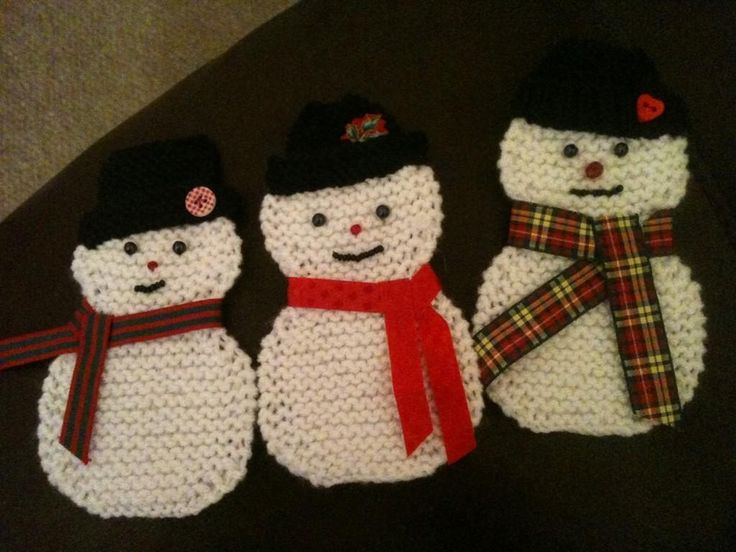 Hand Knitted snowmen for Christmas Bunting