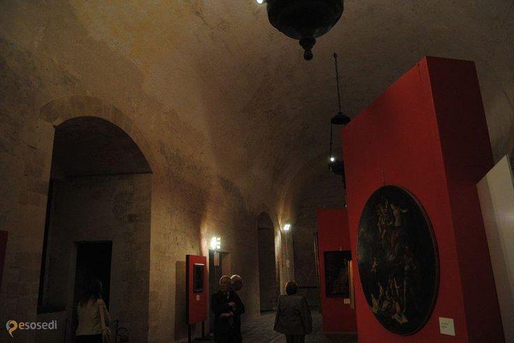 Урсино – #Италия #Сицилия #Катания (#IT_82) Бывшая резиденция арагонских королей. В настоящее время Городской музей.  ↳ http://ru.esosedi.org/IT/82/1000238527/ursino/