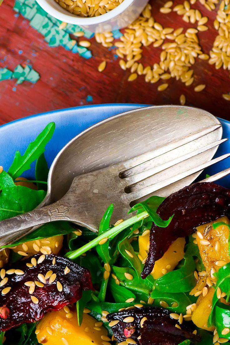 Podle našich dýňových receptů si můžete jídlo dopřávat bez obav o svou linii nebo výčitek svědomí - neobsahují totiž masové bujóny, vejce ani mléčné výrobky, v naší kuchyni se všeobecně vyhýbáme pšeničné mouce, bílému cukru nebo příliš slaným pokrmům.