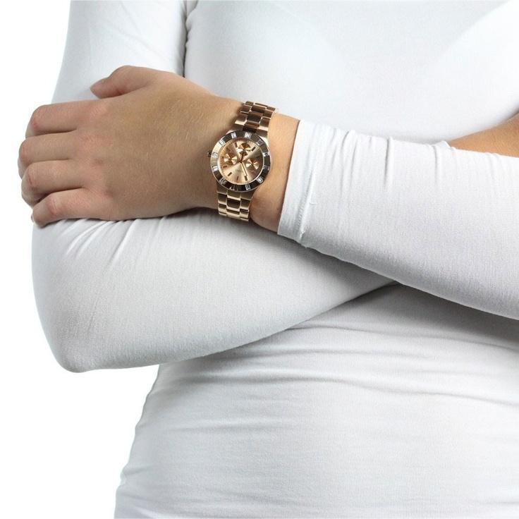 8 beste afbeeldingen van Horloges - Guess horloges, Modern en Producten c521b72947