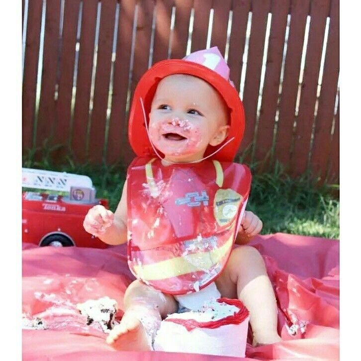Firefighter baby cake smash boy first birthday firetruck photography