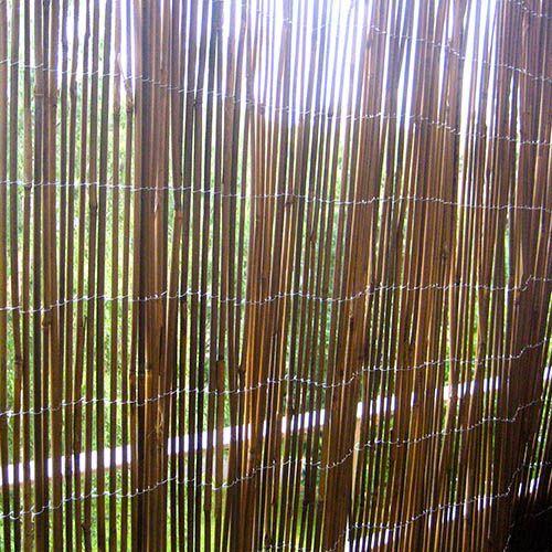 Produkten Vind- och solskydd bambu 90x200cm säljs av Bra Balkong i vår Tictail-butik.  Tictail låter dig skapa en snygg nätbutik helt gratis - tictail.com