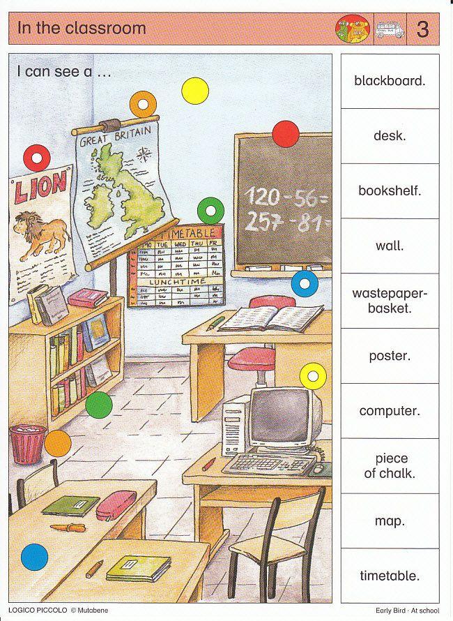 Soubor Logico Piccolo Early Bird - At school Soubor obsahuje 16 hracích karet pro výuku AJ, vždy s 10 úkoly. Karta se zasune do rámečku a barevné knoflíky se přisouvají ke