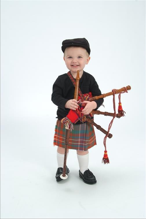 Wee piper by unknown artist/photographer. would love to give credit to him/her....