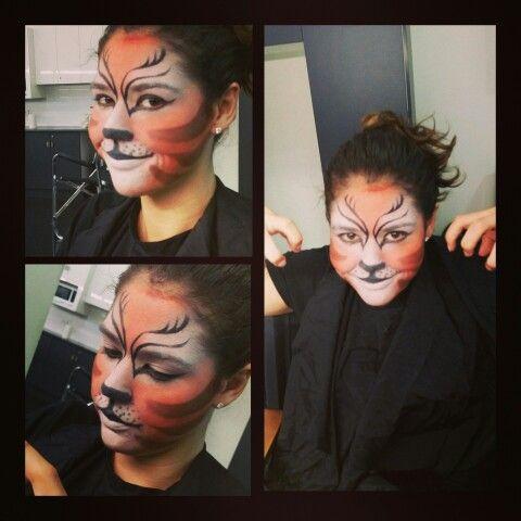 'Cats' makeup