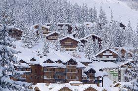 Esquí en la estación de Courchevel, en los Alpes franceses