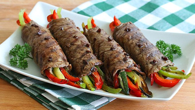Balsamic Glazed Steak Rolls - Tender steak rolls filled with zesty vegetables and drizzled with a glaze that is simply out of this world delicious. Leave out the red wine and sugar (you won't miss it) or Phase 2 (no oil) and Phase 3.