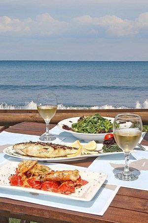 Meet and Eat in Crete: The Grapevine - Recommended local #Cretan #wines