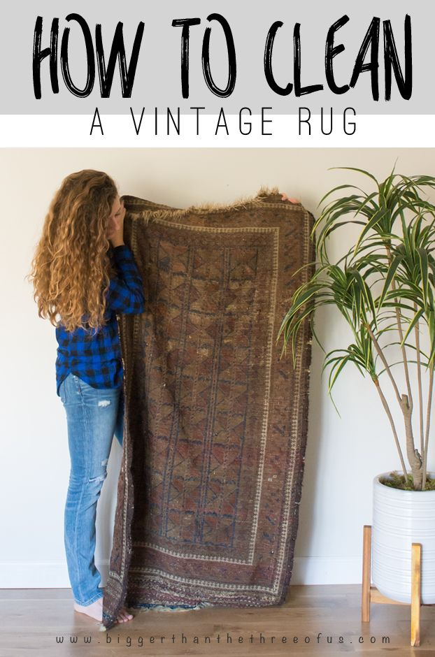 Have you ever wondered How to Clean A Vintage Rug? Well, click over and wonder no more. I tried this method and it totally works!