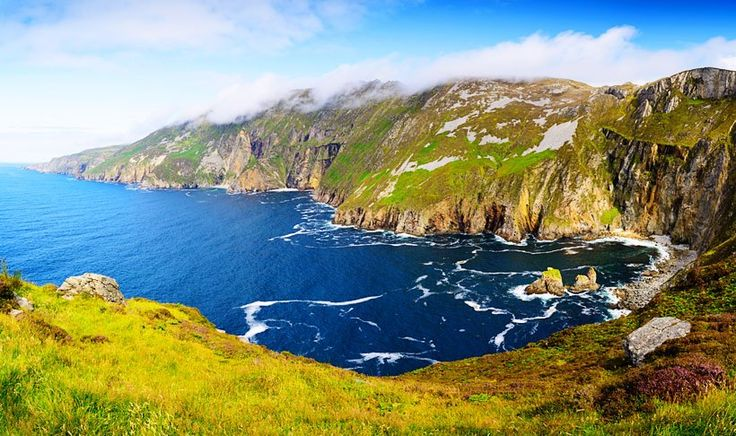 Panorama-with-Cliffs-Slieve-League--shutterstock_319108841