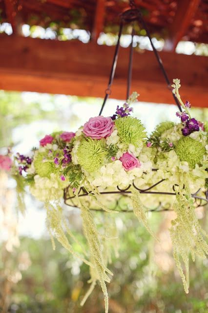 Fashion-Isha: Moving the Beauty Inside and the Decor Outside: Introspection and Sukkah Decorating