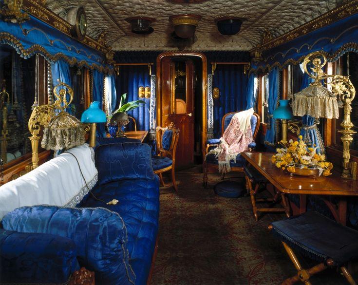 queen victoria 39 s rail carriage rail car interiors pinterest. Black Bedroom Furniture Sets. Home Design Ideas
