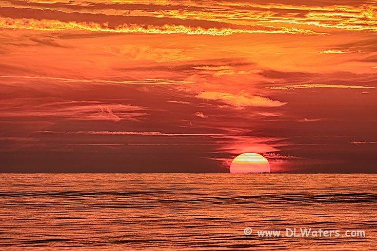 The Rising Sun | Sunrise over the Atlantic Ocean on the Oute… | Flickr