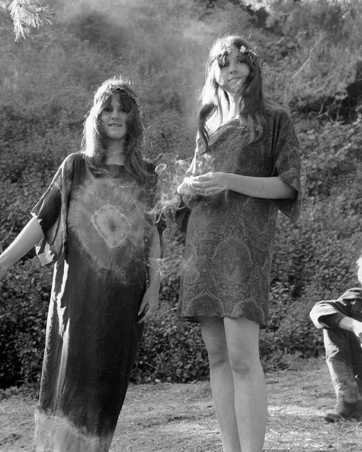 …and the relaxed hippie frocks of the decade's end.