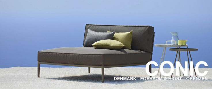 Conic Daybed Slider