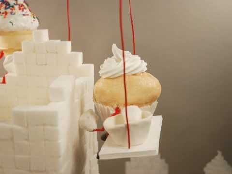 stop motion with  cupcakes 'sweet dreams' by Kirsten Lepore