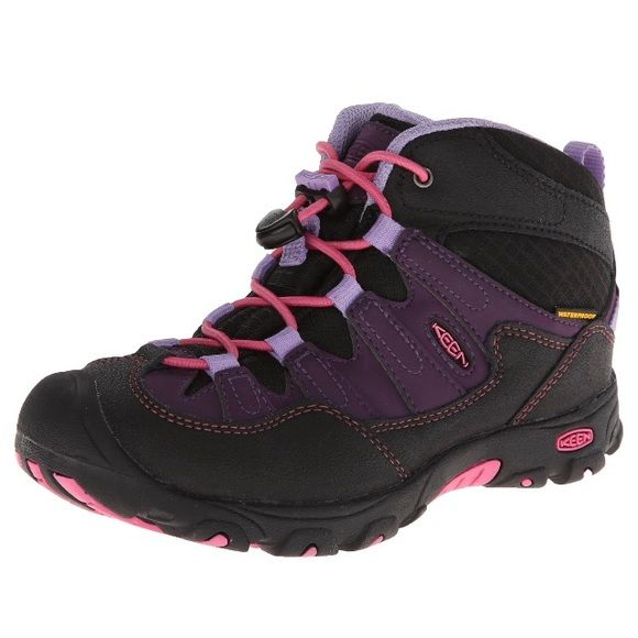 New KEEN Pagoda Mid WP Girls Hiking Boots 12 Brand new. Waterproof girls hiking boot size US 12. Keen Pagoda Mid WP ~the premier waterproof hiker for kids. Color: Blackberry/Bougainvillea. Best hiking shoe ever! ❤️ Keen Shoes Ankle Boots & Booties