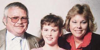 ΚΟΝΤΑ ΣΑΣ: Η Σαρλίζ Θερόν αποκαλύπτει για 1η Φορά την Οικογεν...