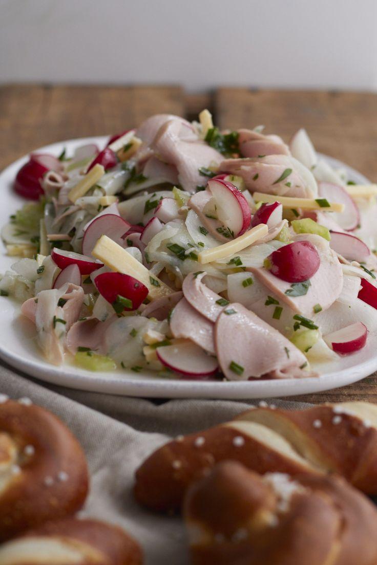 Ein Rezept für den leckersten Wurstsalat mit Rettich für die Gemüse Expedition von Tastesheriff. Und noch viel mehr Ideen zum kochen und backen mit Rettich.
