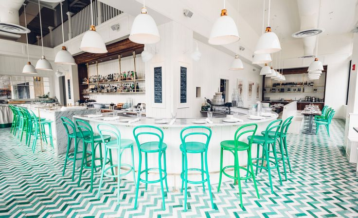 Housed in a former printing press building, Bar Melusine makes up one third of Seattle restauranteurs, Chef Renee Erickson and Jeremy Price's new eclectic trifecta. Divided into three separate venues, Melusine is neighboured by Bateau, a modern ste...