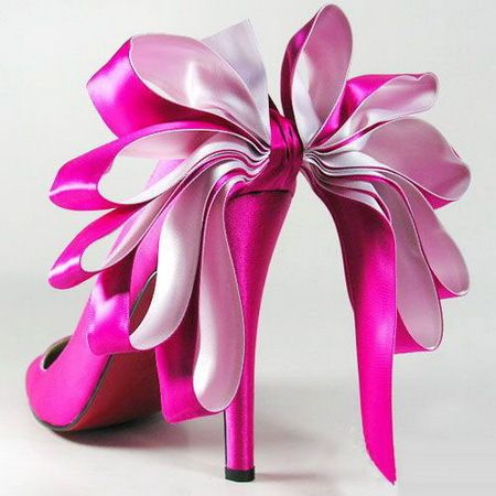 ♥ Pink Christian Louboutin