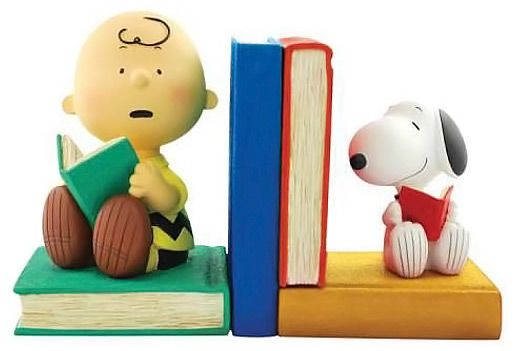 bookends   Peanuts Charlie Brown and Snoopy Bookends   GeekAlerts