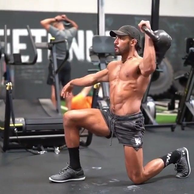 Eric Leija On Instagram Get After It With This Full Body Kettlebell Flow In Your Next Workout 5 Rep Kettlebell Training Kettlebell Abs Kettlebell