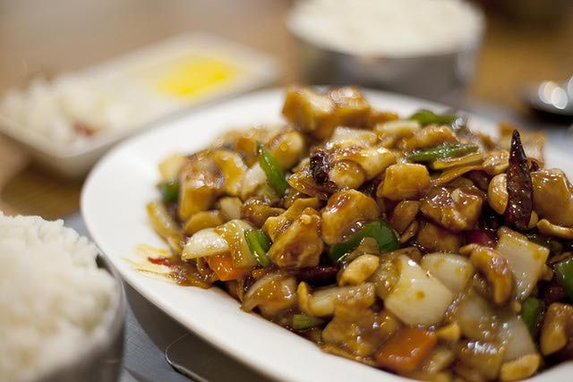 Make Your Own Kung Pao Chicken Like a Restaurant